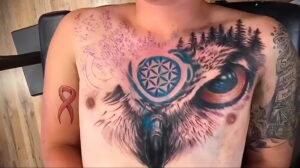 пример рисунка тату сова на груди 15.02.2021 №0061 - owl tattoo on chest - tatufoto.com