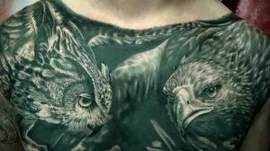 пример рисунка тату сова на груди 15.02.2021 №0062 - owl tattoo on chest - tatufoto.com
