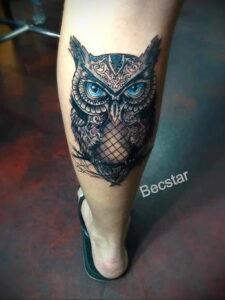пример рисунка тату сова на ноге 15.02.2021 №0018 - owl tattoo on leg - tatufoto.com
