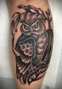 пример рисунка тату сова на ноге 15.02.2021 №0023 - owl tattoo on leg - tatufoto.com