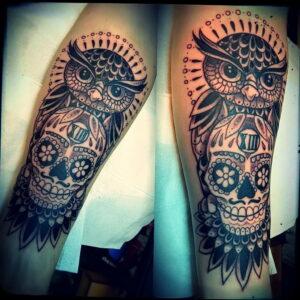 пример рисунка тату сова на ноге 15.02.2021 №0031 - owl tattoo on leg - tatufoto.com