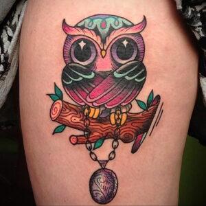 пример рисунка тату сова на ноге 15.02.2021 №0037 - owl tattoo on leg - tatufoto.com