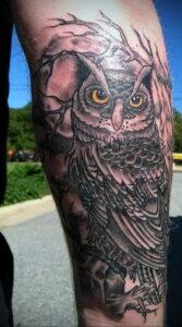 пример рисунка тату сова на руке 15.02.2021 №0034 - owl tattoo on arm - tatufoto.com