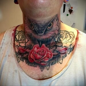 пример рисунка тату сова на шее 15.02.2021 №0034 - owl tattoo on neck - tatufoto.com