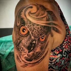 пример рисунка тату сова реализм 15.02.2021 №0023 - owl tattoo realism - tatufoto.com
