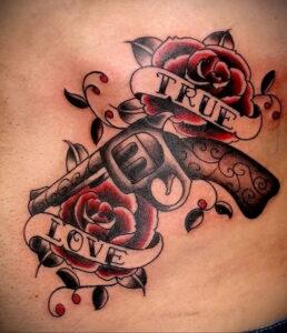 тату револьвер и роза 16.02.2021 №0012 - tattoo rose revolver - tatufoto.com