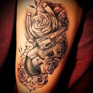 тату револьвер и роза 16.02.2021 №0017 - tattoo rose revolver - tatufoto.com