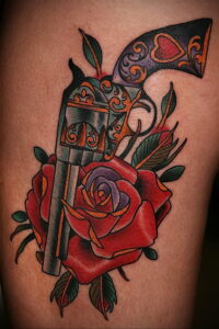тату револьвер и роза 16.02.2021 №0027 - tattoo rose revolver - tatufoto.com