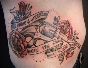 тату револьвер и роза 16.02.2021 №0039 - tattoo rose revolver - tatufoto.com