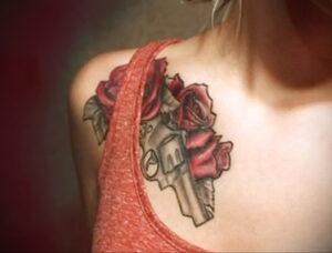 тату револьвер и роза 16.02.2021 №0047 - tattoo rose revolver - tatufoto.com