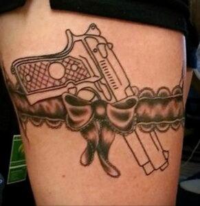 тату револьвер на бедре 16.02.2021 №0025 - revolver tattoo on hip - tatufoto.com