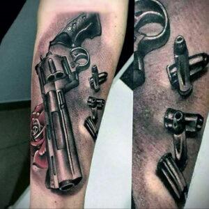 тату револьвер на руке 16.02.2021 №0002 - revolver tattoo on arm - tatufoto.com