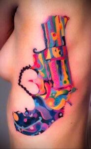 тату револьвер на руке 16.02.2021 №0011 - revolver tattoo on arm - tatufoto.com