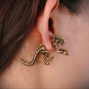 Фото крутого пирсинга у человека 17.03.2021 №016 - cool piercing - tatufoto.com