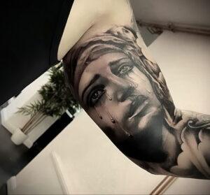Фото крутого рисунка татуировки 16.03.2021 №066 - cool tattoo - tatufoto.com