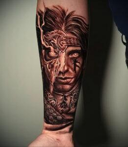 Фото крутого рисунка татуировки 16.03.2021 №098 - cool tattoo - tatufoto.com