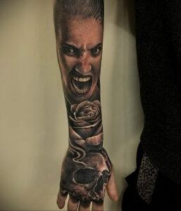 Фото крутого рисунка татуировки 16.03.2021 №137 - cool tattoo - tatufoto.com