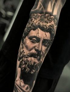Фото крутого рисунка татуировки 16.03.2021 №148 - cool tattoo - tatufoto.com