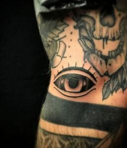 Фото крутого рисунка татуировки 16.03.2021 №190 - cool tattoo - tatufoto.com