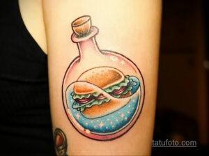 Фото рисунка татуировки с гамбургером 26.03.2021 №023 - burger tattoo - tatufoto.com