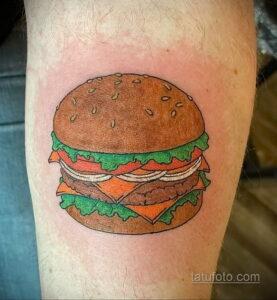 Фото рисунка татуировки с гамбургером 26.03.2021 №027 - burger tattoo - tatufoto.com