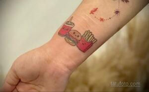 Фото рисунка татуировки с гамбургером 26.03.2021 №028 - burger tattoo - tatufoto.com
