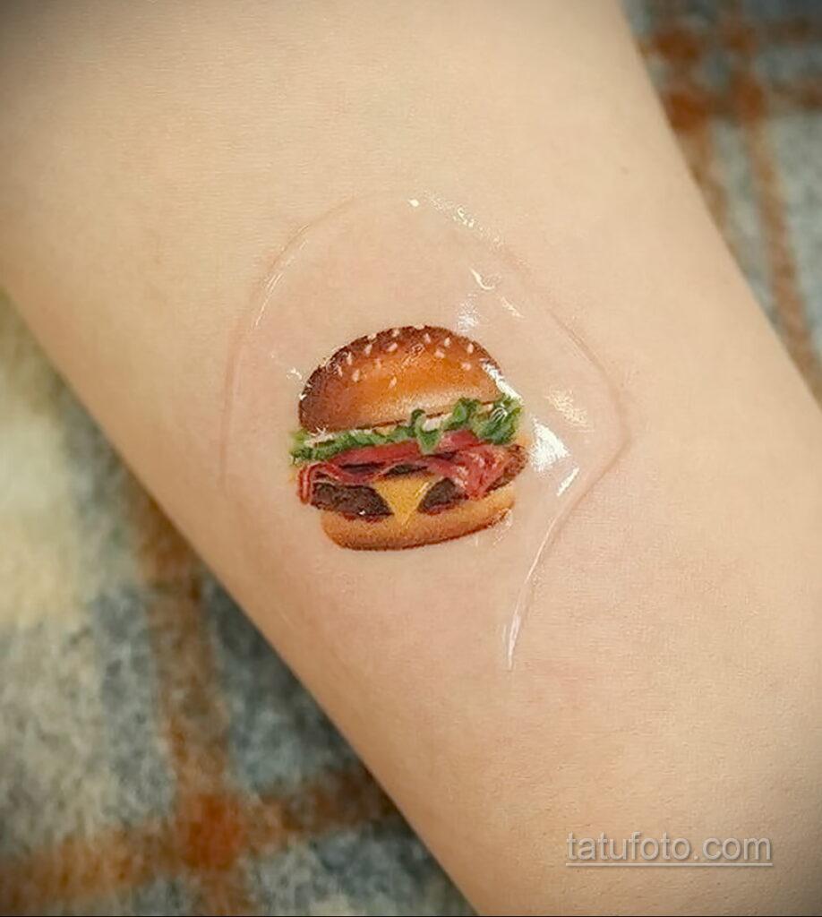 Фото рисунка татуировки с гамбургером 26.03.2021 №059 - burger tattoo - tatufoto.com
