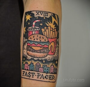 Фото рисунка татуировки с гамбургером 26.03.2021 №075 - burger tattoo - tatufoto.com