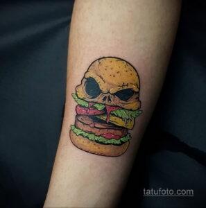 Фото рисунка татуировки с гамбургером 26.03.2021 №081 - burger tattoo - tatufoto.com
