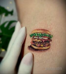 Фото рисунка татуировки с гамбургером 26.03.2021 №095 - burger tattoo - tatufoto.com