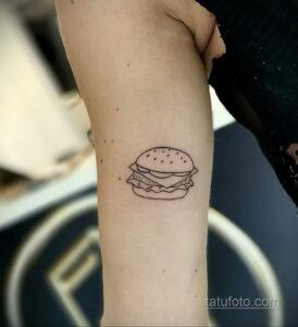 Фото рисунка татуировки с гамбургером 26.03.2021 №099 - burger tattoo - tatufoto.com