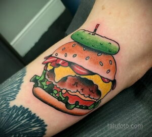Фото рисунка татуировки с гамбургером 26.03.2021 №103 - burger tattoo - tatufoto.com