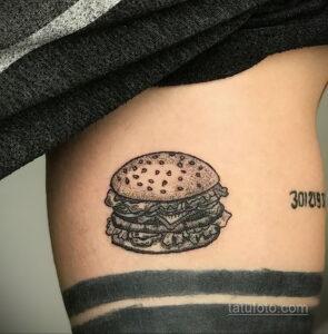 Фото рисунка татуировки с гамбургером 26.03.2021 №120 - burger tattoo - tatufoto.com