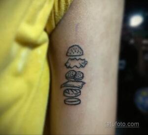 Фото рисунка татуировки с гамбургером 26.03.2021 №141 - burger tattoo - tatufoto.com
