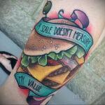 Фото рисунка татуировки с гамбургером 26.03.2021 №299 - burger tattoo - tatufoto.com