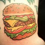 Фото рисунка татуировки с гамбургером 26.03.2021 №308 - burger tattoo - tatufoto.com