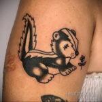 Фото татуировки со скунсом 28.03.2021 №516 - Skunk tattoo - tatufoto.com