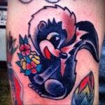 Фото татуировки со скунсом 28.03.2021 №520 - Skunk tattoo - tatufoto.com
