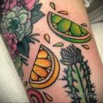 Фото татуировки с лаймом 31.03.2021 №224 - lime tattoo - tatufoto.com
