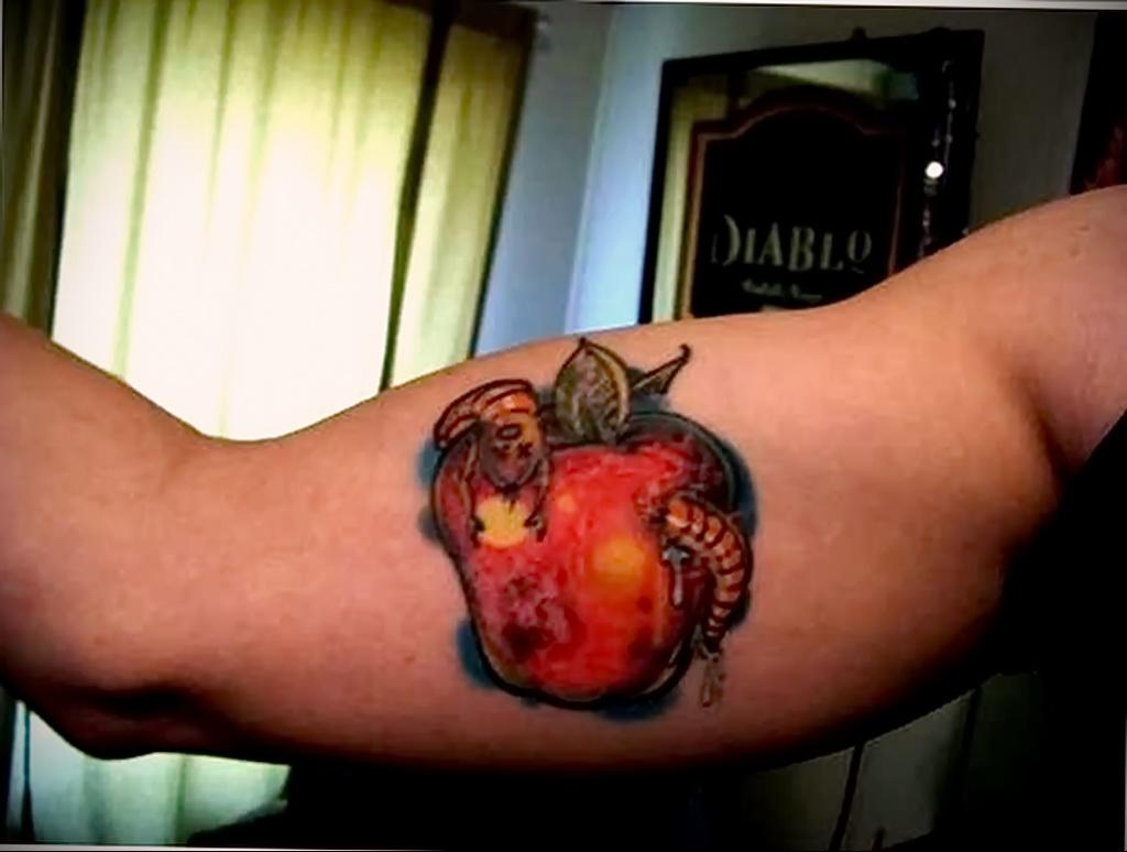 Фото татуировки с яблоком 03.03.2021 №118 - apple tattoo - tatufoto.com