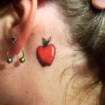 Фото татуировки с яблоком 03.03.2021 №173 - apple tattoo - tatufoto.com