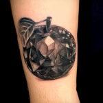Фото татуировки с яблоком 03.03.2021 №178 - apple tattoo - tatufoto.com