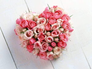 Сердца из цветов - фото 1