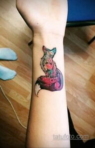 Фото интересного рисунка женской тату 05.04.2021 №023 - female tattoo - tatufoto.com