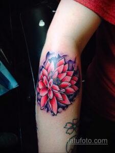 Фото интересного рисунка женской тату 05.04.2021 №143 - female tattoo - tatufoto.com