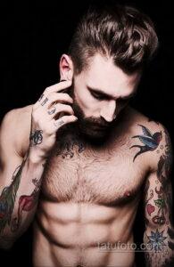 Фото интересного рисунка мужской тату 05.04.2021 №044 - male tattoo - tatufoto.com