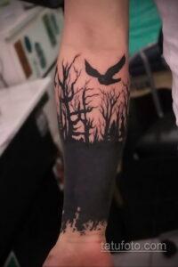 Фото интересного рисунка мужской тату 05.04.2021 №135 - male tattoo - tatufoto.com