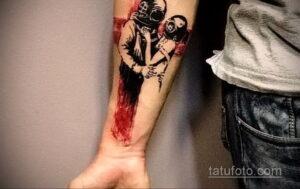 Фото интересного рисунка мужской тату 05.04.2021 №136 - male tattoo - tatufoto.com