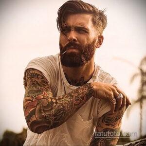 Фото интересного рисунка мужской тату 05.04.2021 №181 - male tattoo - tatufoto.com