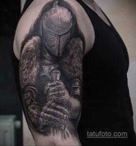 Фото интересного рисунка мужской тату 05.04.2021 №187 - male tattoo - tatufoto.com